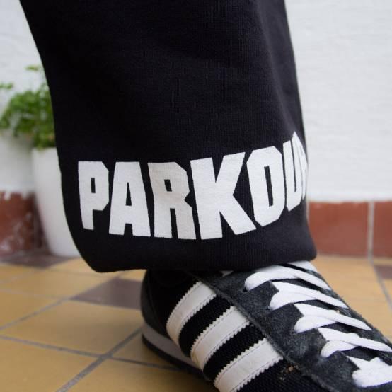 Tepláky pro parkour PK